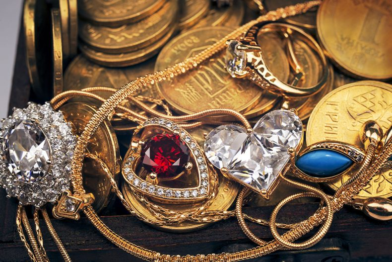 A Summary Of Historic Periods For Antique Jewelry
